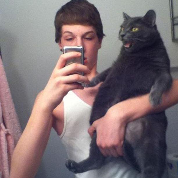 [Image: selfie-14.jpg]